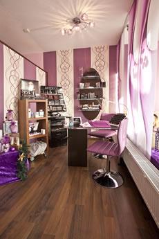 Maniküre und Make-Up Kosmetikstudio Spürbar